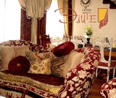 Комплексное текстильное оформление гостиной посредством подушечек